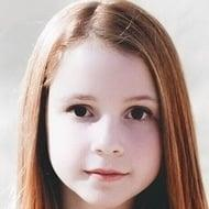 Anna McNulty Age